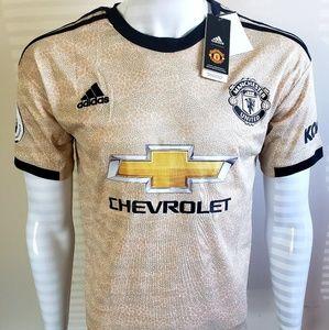 Pogba manchester United kit
